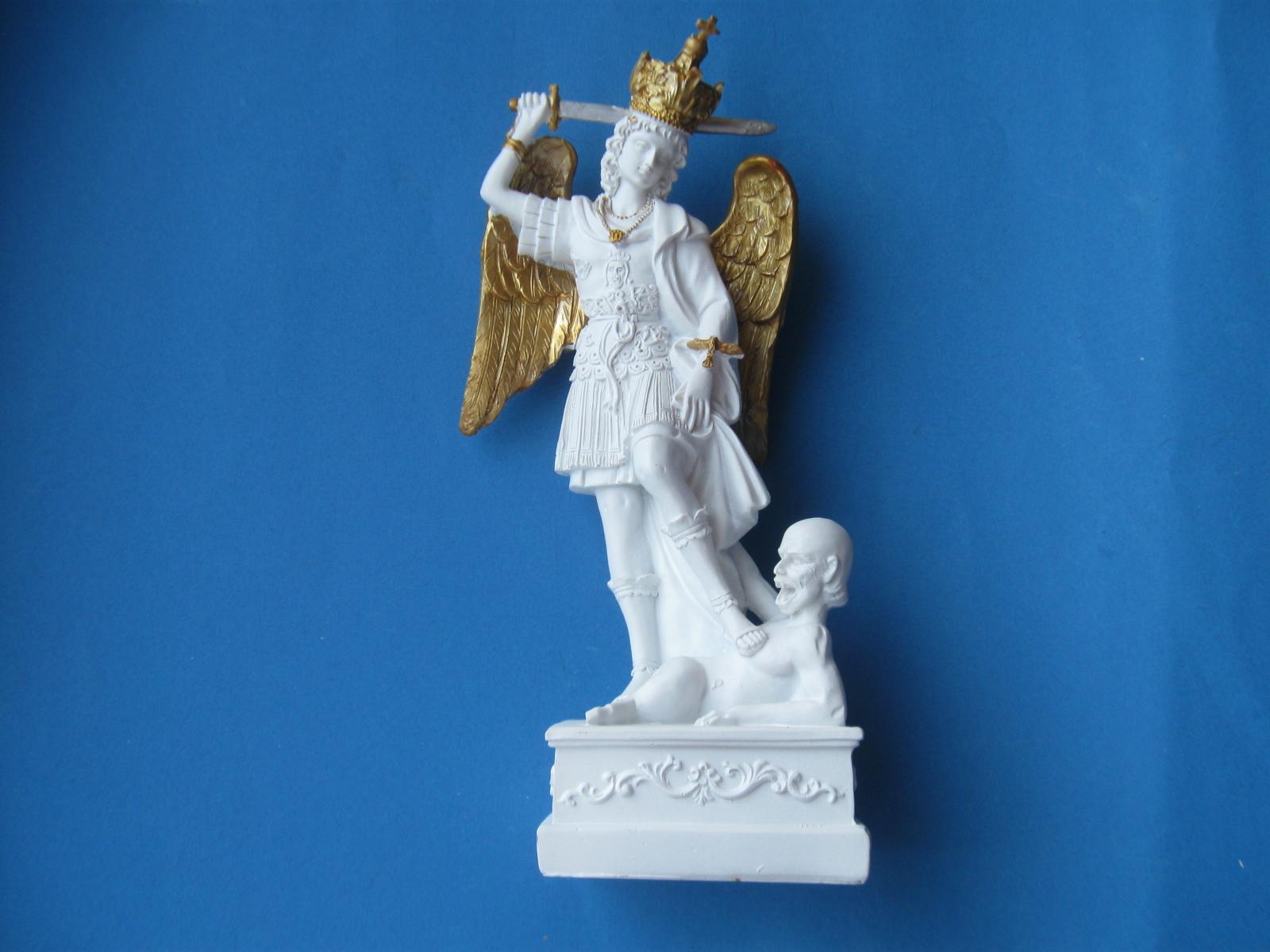 Figurka święty Michał Archanioł Z Alabastru